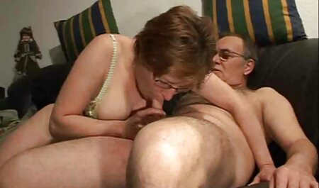 Cassy-Mastrubate در جوراب ساق بلند فیلم سکسی در تلگرام
