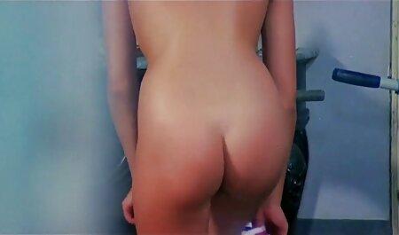 آونگ (2017) - راکوئل فیلم سکسی جشن تولد کارو